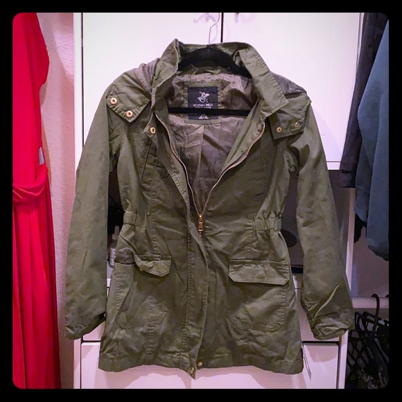 Cotton Anorak jacket/ Color is Olive